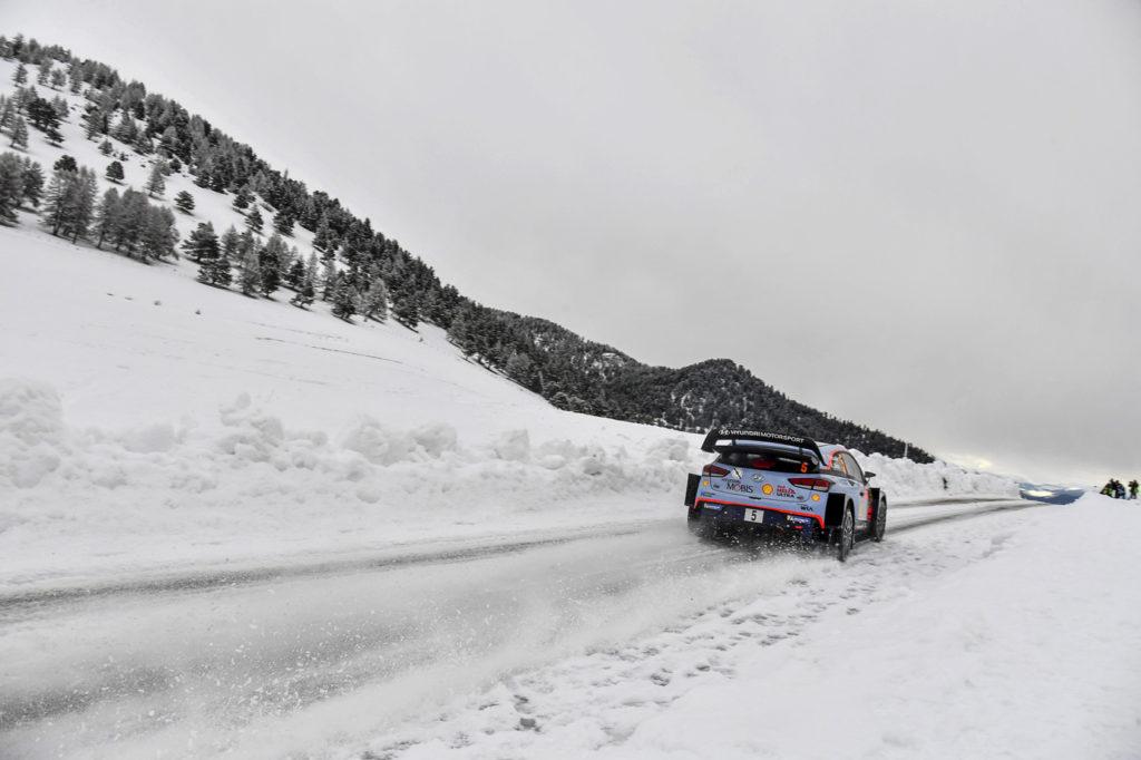 neuville-t-gilsoul-n-(bel)-hyundai-I20-WRC-n°5-RMC-2018-(JL)----009