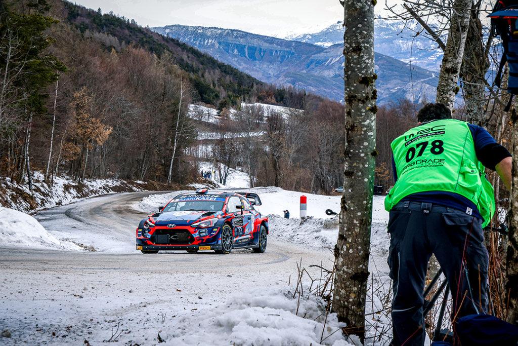 loubet-p.l-landais-v-(fra)-hyundai-I20-WRC-n°7-RMC-2021-(SCD-OC)-11